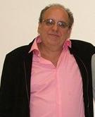 Dr. Eitan Naaman Berezin, infectologista e professor da Faculdade de Ciências Médicas da Santa Casa de São Paulo.