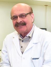 dr-marcus-maia-faculdade-santa-casa-dermatologista
