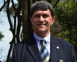 Roberto-Stirbulov-Faculdade-Santa-Casa